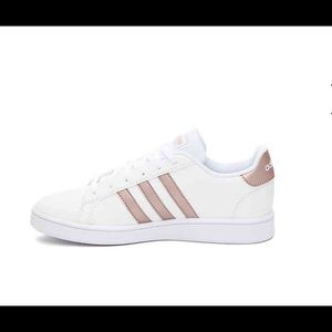 👟ROSE GOLD ADIDAS SNEAKERS 👟